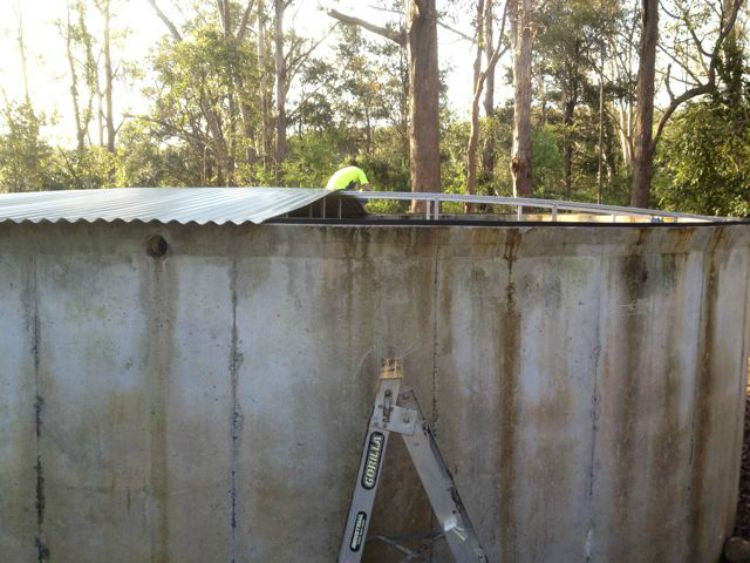 how-to-install-new-water-tank-roof