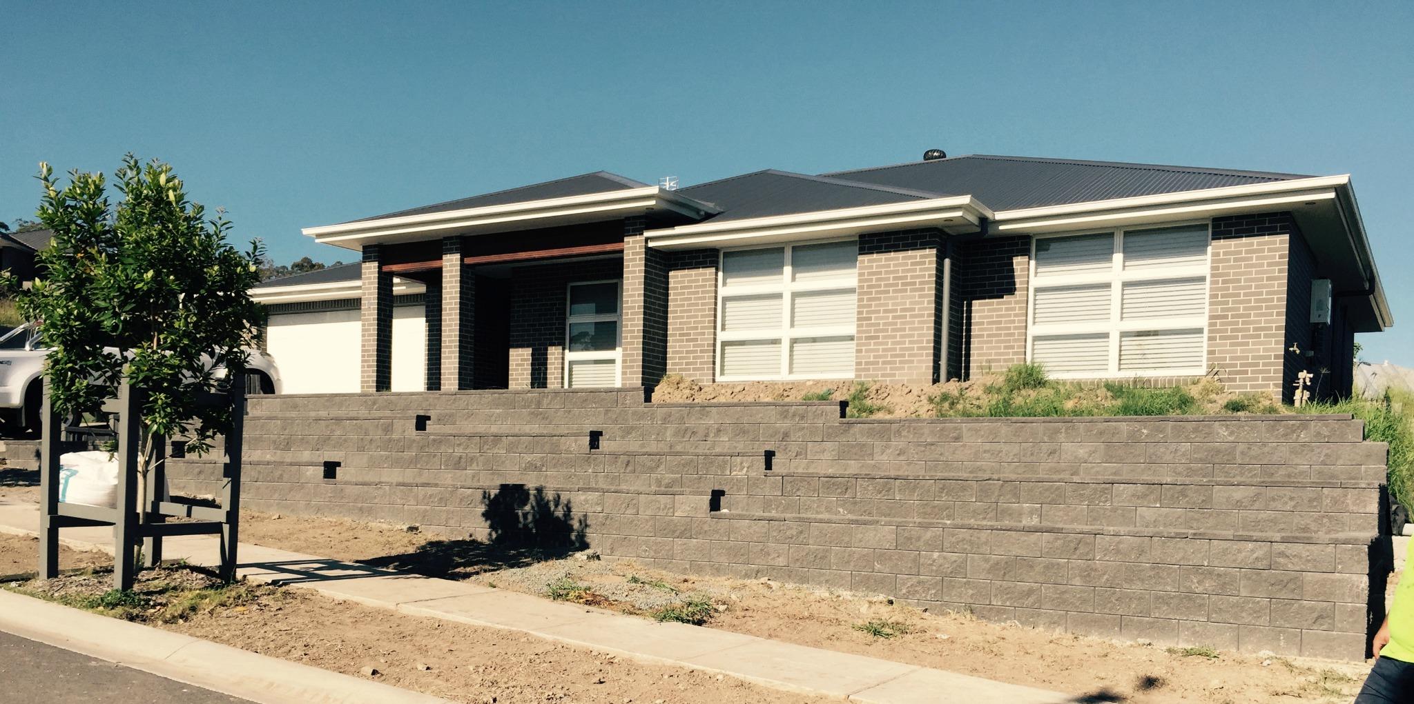 block-retaining-walll-builder-maitland