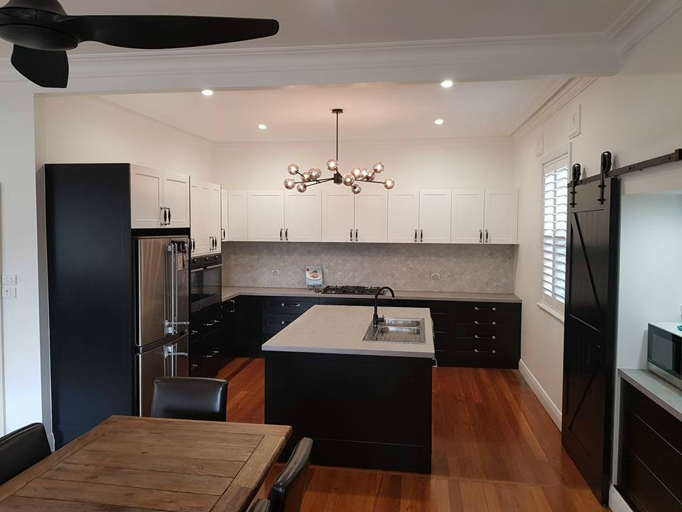 Bnb cabinets plus specialising in kitchen facelifts for Kitchen designs newcastle nsw